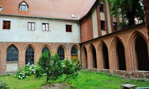 POLSKA / Kujawsko-Pomorskie / Toruń / Toruń, kompleks pofranciszkański