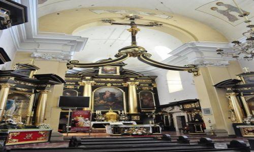 Zdjęcie POLSKA / Małopolska / Nowy Wiśnicz / Nowy Wiśnicz, kościół parafialny