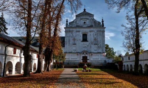 Zdjecie POLSKA / mazowsze / Miedniewice Klasztorne / Sanktuarium  Matki Bożej Świętorodzinnej