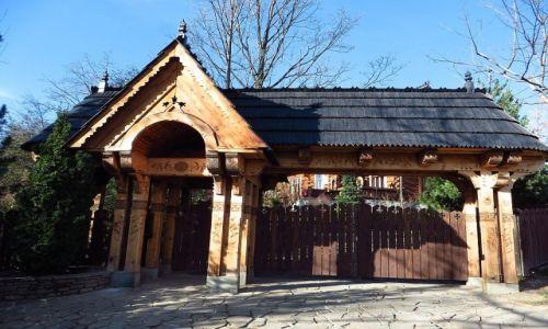 Zdjecie POLSKA / Małopolska / Zakopane / góralska zabudowa