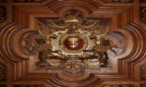 POLSKA / Pomorze / Gdańsk, Ratusz Głównego Miasta Gdańska /  Herb miasta na drzwiach