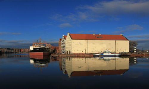 Zdjęcie POLSKA / Pomorze / Gdańsk, Długie Pobrzeże / Muzeum Morskie w Gdańsku nad Motławą