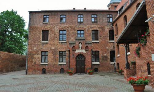 POLSKA / Kujawsko-Pomorskie / Chełmno / Chełmno, zespół klasztorny ss. Miłosierdzia
