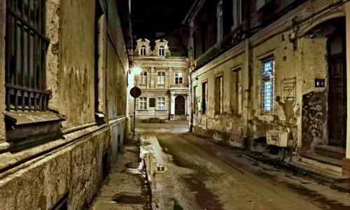 Zdjęcie POLSKA / kujawsko-pomorski / Bydgoszcz / Nocą po mieście
