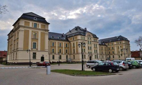 Zdjęcie POLSKA / Warmińsko-Mazurskie / Ostróda / Ostróda, koszary z XVIII w.