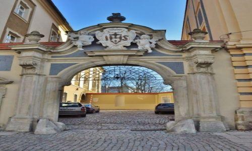 Zdjęcie POLSKA / Opolskie / Nysa / Nysa, kościół pojezuicki, kolegium i klasztor