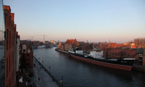 Zdjecie POLSKA / Pomorze / Gdańsk, nad Motławą / Czas zachodzącego słońca