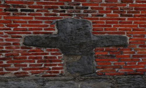 Zdjęcie POLSKA / Wielkopolska / Konin / Krzyż