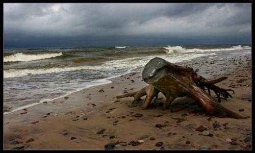 Zdjęcie POLSKA / Ustka / Plaża / Co Bałtyk, to Bałtyk. Nikt mi nie powie, że gdzieś jest piękniej.