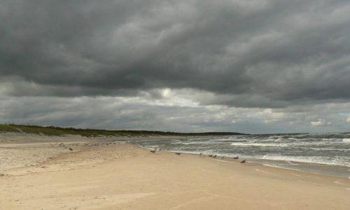 Zdjęcie POLSKA / Pomorze środkowe / Ustka / przed burzą