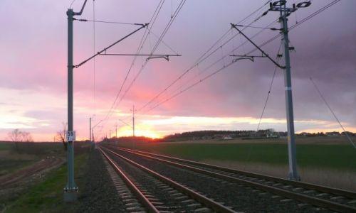 Zdjecie POLSKA / Dolny śląsk / Kunice / intrygujący zachód słońca