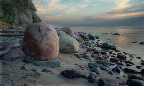 Zdjecie POLSKA / Pomorskie / plaża Orłowo / o świcie