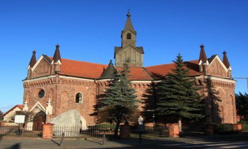 POLSKA / Wielkopolska / Konin - Gosławice / Kościół pw. św. Andrzeja Apostoła