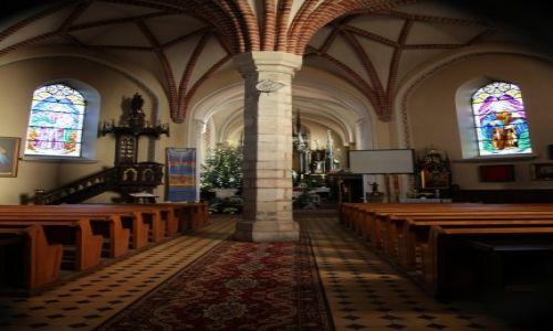 Zdjęcie POLSKA / Wielkopolska / Konin - Gosławice / Kościół pw. św. Andrzeja Apostoła, wnętrze