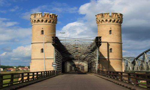 Zdjęcie POLSKA / Pomorskie / Nad Wisłą / Most drogowy w Tczewie (Most Lisewski)
