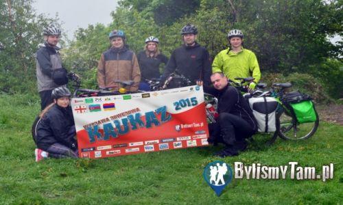 Zdjęcie POLSKA / Małopolska / Dolinki Krakowskie / ekipa przygotowująca się do wyprawy na Kaukaz