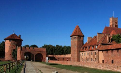 Zdjecie POLSKA / Malbork / Gotycki zamek krzyżacki / Brama Nowa, od strony Wału Plauena