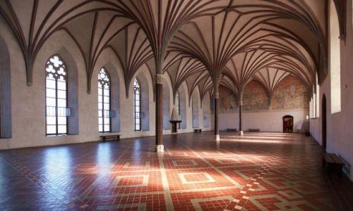 Zdjęcie POLSKA / Malbork / Gotycki zamek krzyżacki / Wielki Refektarz