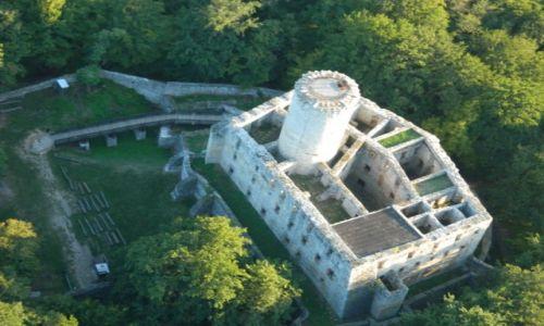 Zdjęcie POLSKA / małopolska / Wygiełzów  / zamek Lipowiec