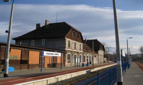 Zdjęcie POLSKA / Kudowa / Kudowa / Dworzec kolejowy  Kudowa Zdrój