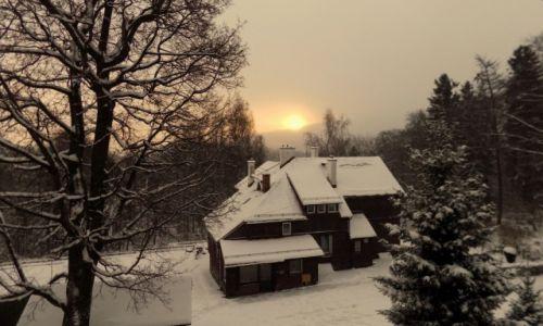 Zdjęcie POLSKA / Karkonosze / Szklarska Poręba / Wstaje nowy dzień...