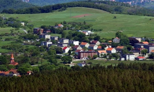 Zdjęcie POLSKA / dolnoslaskie / Góra Dzikowiec / Widok na Boguszów Gorce Wschód