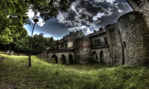 Zdjecie POLSKA / Małopolska / Młoszowa / Pałac w Młoszow