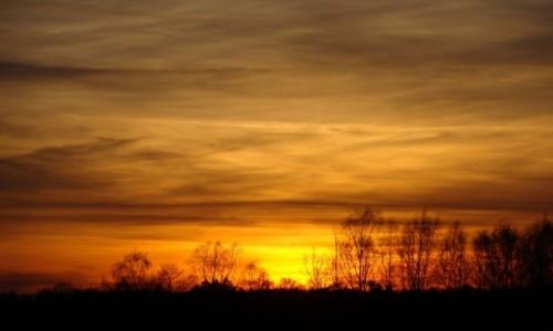 Zdjęcie POLSKA / -Mazury / Kętrzyn / zachód słońca
