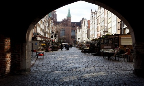 Zdjecie POLSKA / Pomorze / Gdańsk / za bramą...