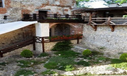 Zdjęcie POLSKA / Małopolska / Korzkiew / Korzkiew, zamek