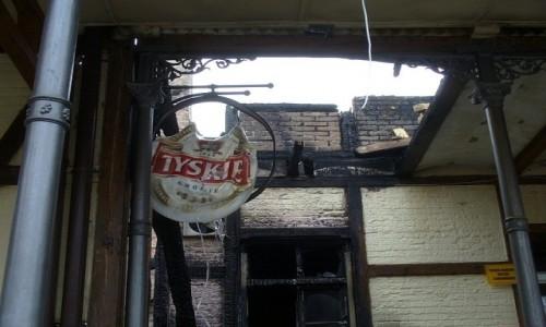 Zdjecie POLSKA / kujawsko pomorskie / Kurort Ciechocinek / Tylko Tyskie, pozostało po pożarze, restauracji pod Grzybkiem