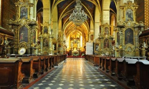 POLSKA / Woj. �wi�tokrzyskie / Sandomierz-Bazylika katedralna pw. Narodzenia NMP / Bazylika