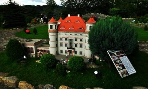 Zdjęcie POLSKA / woj. dolnośląskie / Kowary-Park Miniatur / Pałac