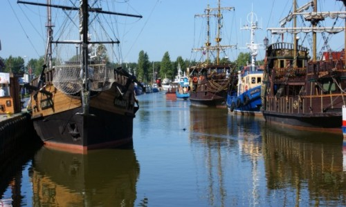Zdjęcie POLSKA / Pomorze / Łeba / Łeba statki