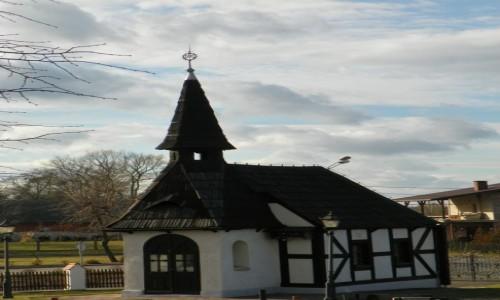 Zdjecie POLSKA / �l�sk Opolski / Dziergowice, powiat k�dzierzy�sko-kozielski, wojew�dztwo opolskie / Kaplica cmentar