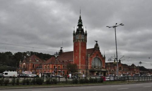 POLSKA / Pomorskie / Gda�sk / Dworzec gda�ski