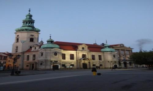 Zdjecie POLSKA / G�rny �l�sk / Pszczyna, powiat pszczy�ski, wojew�dztwo �l�skie / Budynek ko�cio�