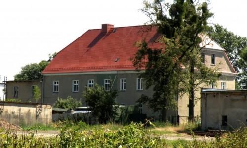 Zdjecie POLSKA / opolskie / Domecko / Dw�r z 1820 rok