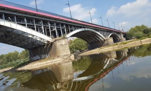 Zdjecie POLSKA / mazowieckie / Warszawa / Pod mostem