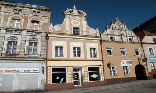 Zdjęcie POLSKA / opolskie / Paczków / Kamieniczki w rynku