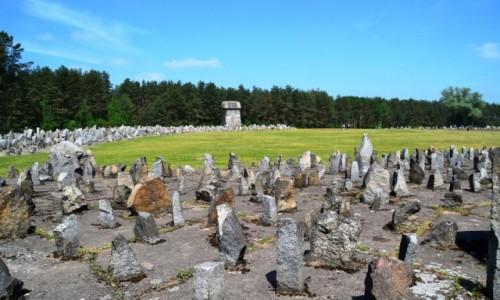 POLSKA / mazowieckie / Treblinka / Treblinka - kamienie krzyczą