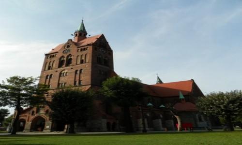 POLSKA / Górny Śląsk / Ruda Śląska-Wirek, województwo śląskie / Kościół pw. św. Wawrzyńca i św. Antoniego, z lat 1908-09