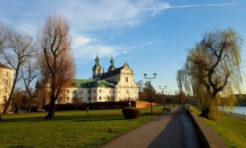 Zdjęcie POLSKA / Małopolska / Kraków / Nad Wisłą