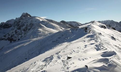 Zdjęcie POLSKA / Tatry / Przełęcz Liliowe / Śniegiem przyprószone