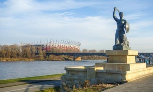 Zdjecie POLSKA / Mazowieckie / Warszawa / Syrenka i Stadion Narodowy