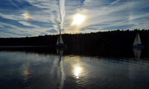 Zdjęcie POLSKA / Mazury / Jezioro Bełdany / Słoneczne halo