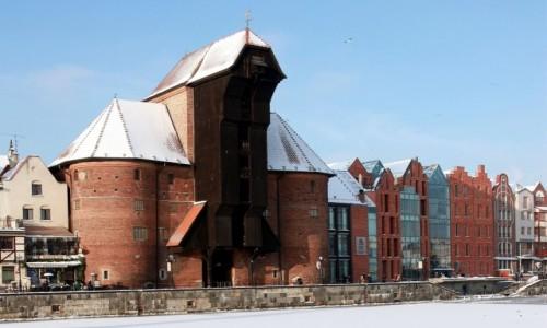 Zdjęcie POLSKA / Pomorskie / Gdańsk / Żuraw i Narodowe Muzeum Morskie