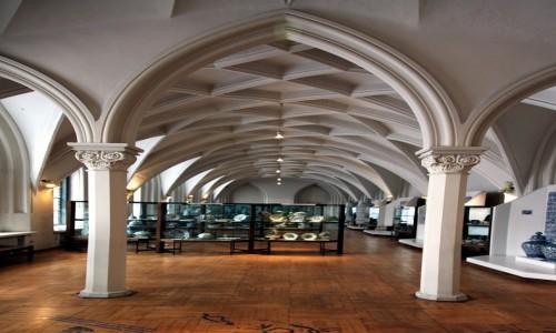 Zdjęcie POLSKA / Pomorskie / Gdańsk, Muzeum Narodowe / Zbiory ceramiki: porcelany, fajansu, kamionki