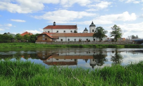POLSKA / Podlasie / Tykocin / Widoczek zza rzeki.