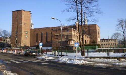 POLSKA / Górny Śląsk / Chorzów, województwo śląskie / Kościół pw. św. Antoniego z Padwy, z lat 1930-34